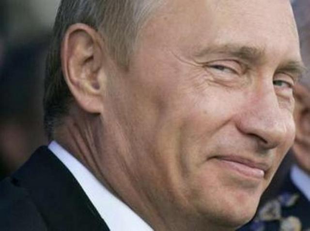 putin-burningii2 - Putin it straight - Facts and Trivia